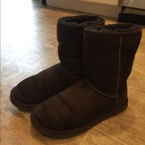 UGG boots sz 7 used but lots of life left.